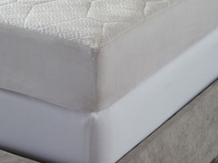 "8"" 5-Zone Memory Foam Mattress - Queen"
