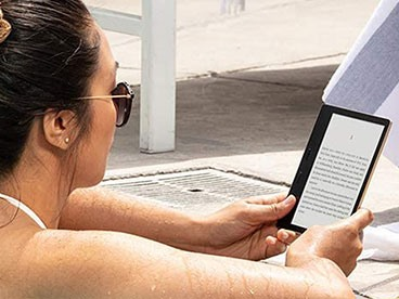 Amazon Kindle Oasis E-Readers (9th Gen)