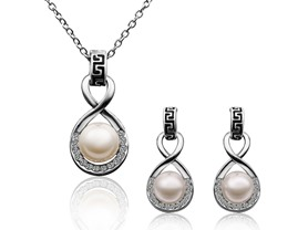 Infinity Pearl Set Swarovski Elements
