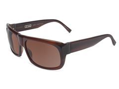 V753 Sunglasses, Brown Horn