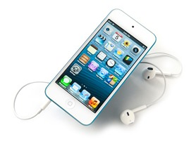 Apple 64GB iPod touch (5th Gen)