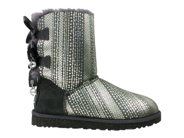 5ada6ac5ded Ugg Bailey Bow Bling Boots Women's, 9