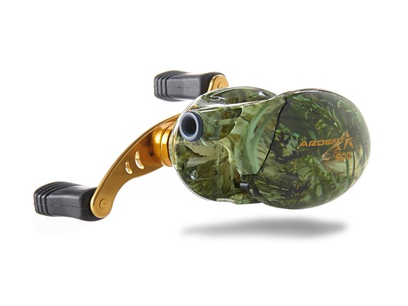 Flip n pitch reel green camo for Best fishing line for bass baitcaster